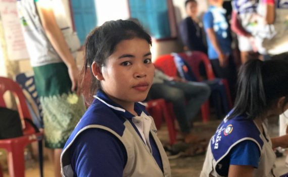 Teen survivor recalls cries of pain in Laos flood