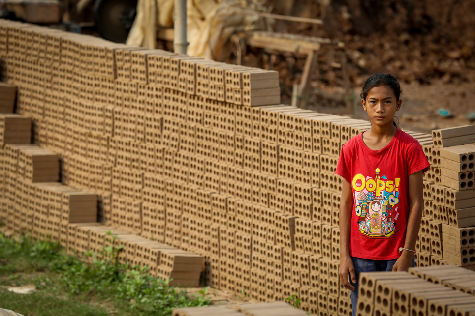 Mony, 13, works in child labour